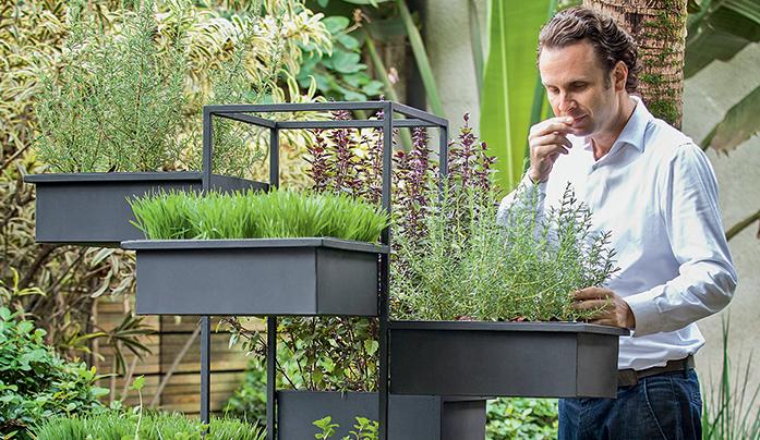 Arquivo A&C: Prática jardineira é ideal para a varanda | Crédito: Foto: Levi Mendes Jr.