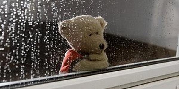 chuvendo dentro de casa